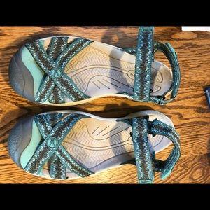 Keen Bali women's sandals size 7